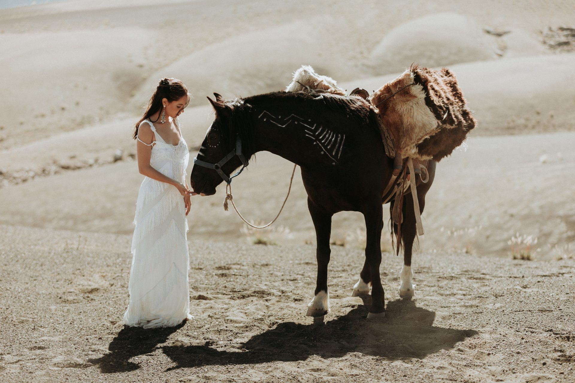 ADventure wedding in Chile with horses - go on a multi day horse-riding trip for your wedding and honeymoon in Chile