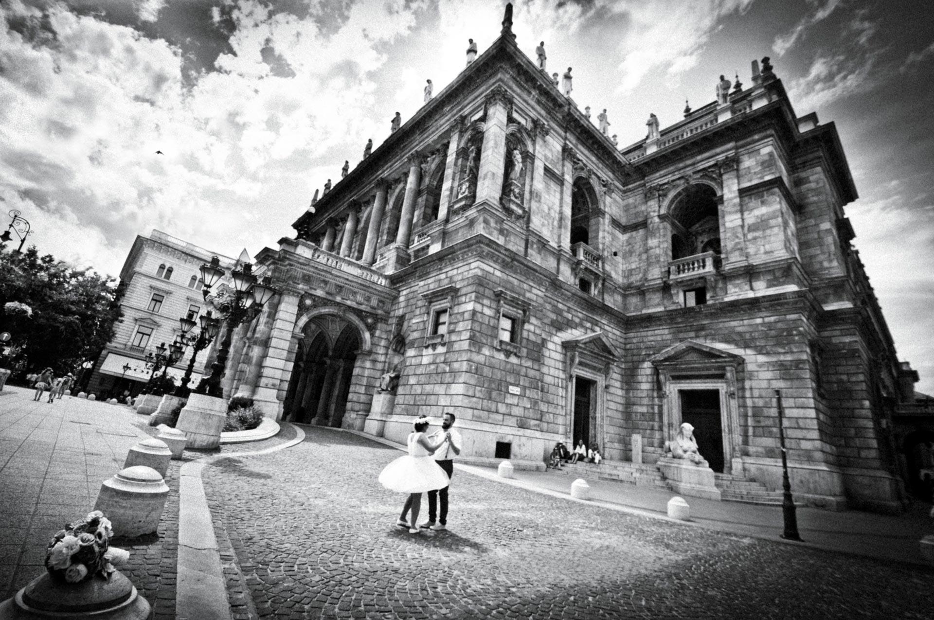 Elopement and honeymoon in Budapest - romantic city adventure wedding