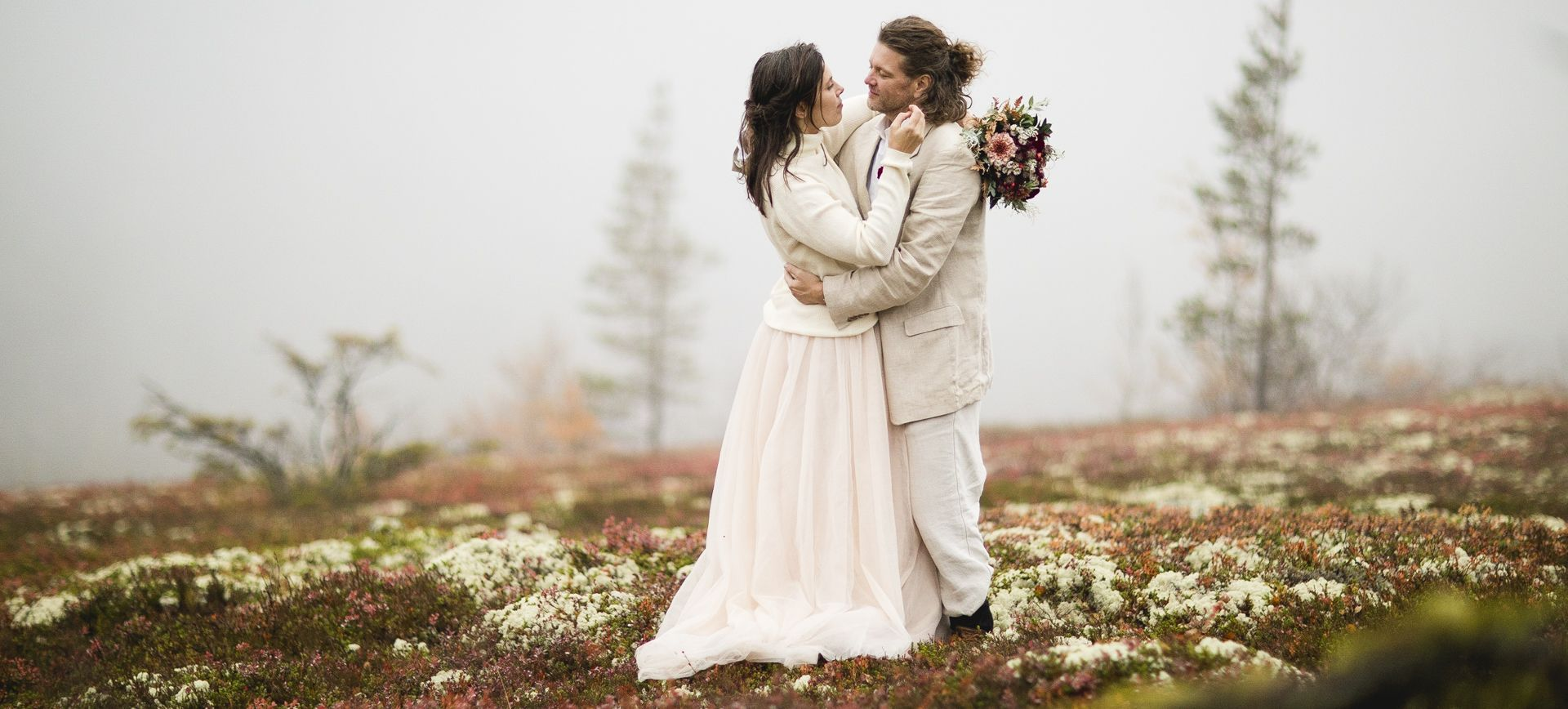 fulufjället glamping wedding at a waterfall