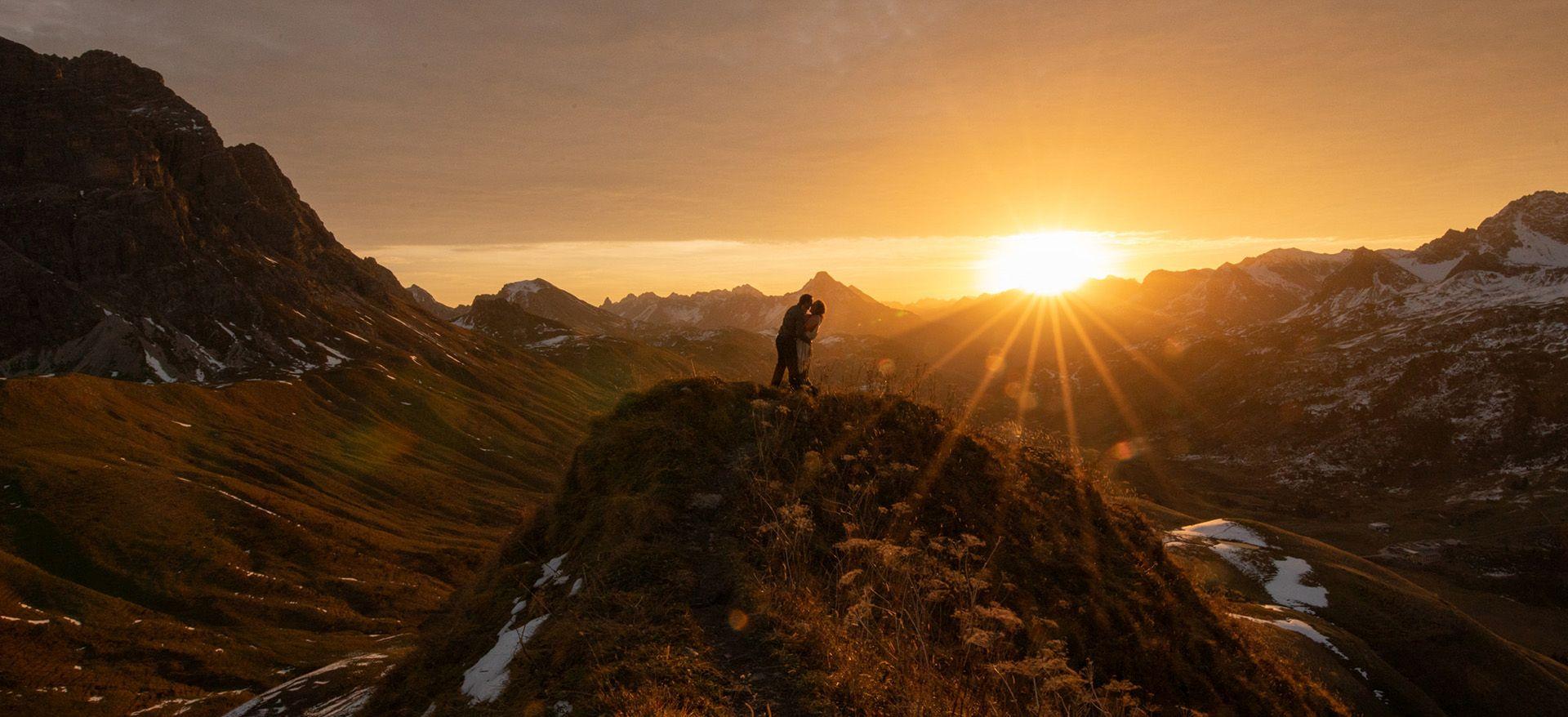 hiking adventure wedding austria