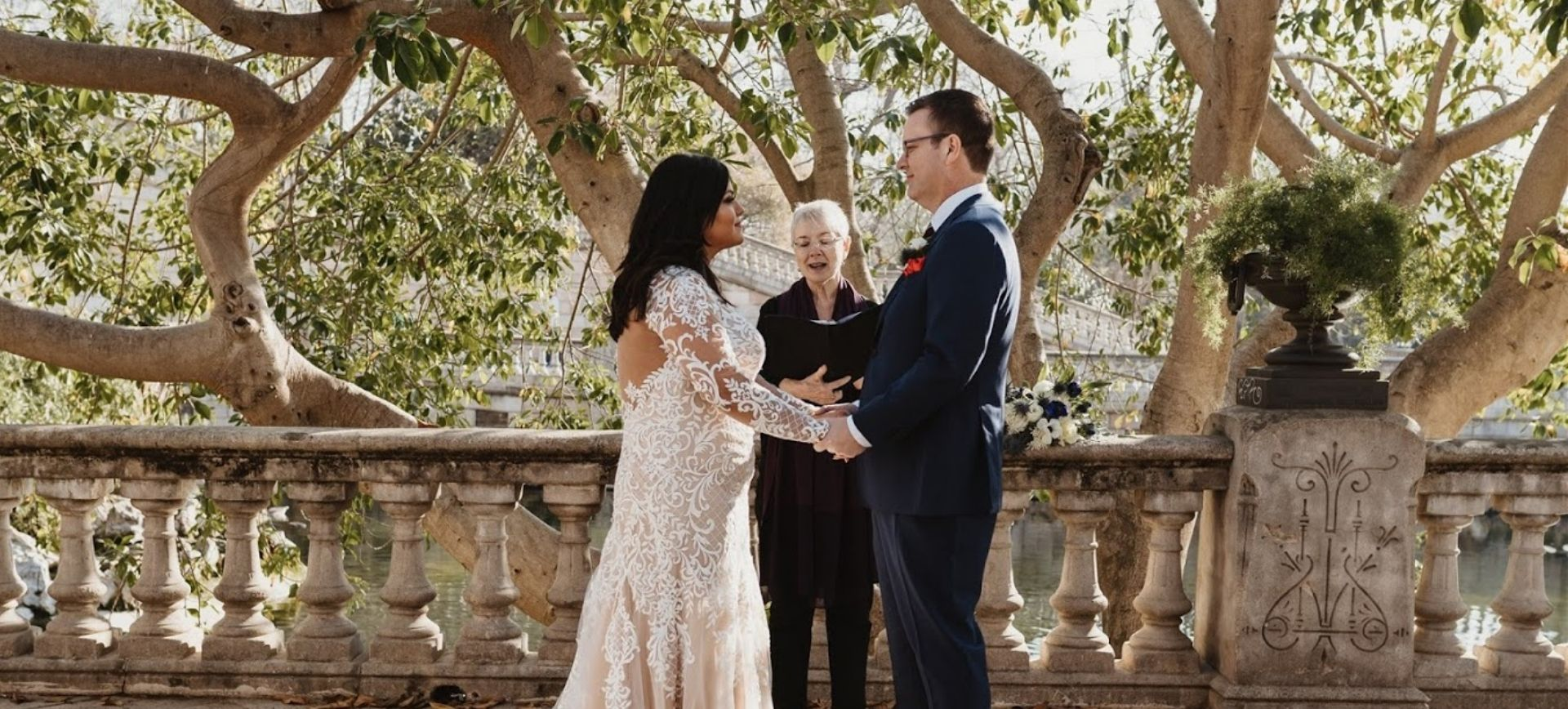 barcelona elopement wedding package - free ceremony in the park